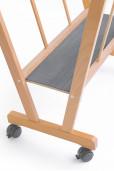 PC-70-Porta-poster in legno di faggio con ruote e base antiscivolo-Cappelletto-particolare1003.jpg