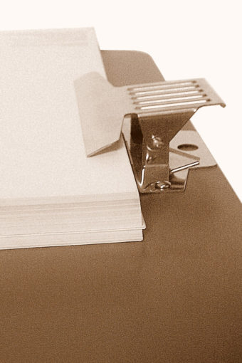 SB-1-Tavoletta-da-schizzo-in-fibra-con-pinza-portablocco-45x45-di-Cappelletto-01